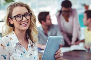 Care este legatura dintre performanta angajatilor si fericirea lor. Ce au de facut companiile in 2017